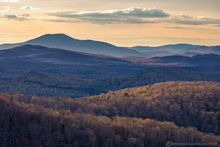 Chimney Mt,Chimney Mountain,layers,telephoto,Blue Mt,Blue Mountain,spring,2019,