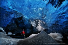 Iceland,ice cave,Iceland ice cave,The Lightroom