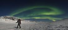Skiing the Kungsleden Trail under aurora
