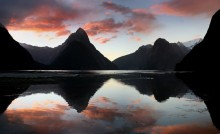 Milford Sound,Fiordland National Park,New Zealand,famous,natural,sights,tourist,places,fjord,sunset,Mitre Peak