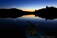 Santanoni Lake,Lake Santanoni,Santanoni,twilight,canoe,paddles,moon,night,
