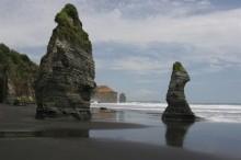 The Three Sisters, beach, area, Taranaki Coast