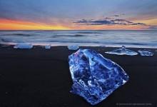 Jokulsarlon outlet beach iceberg