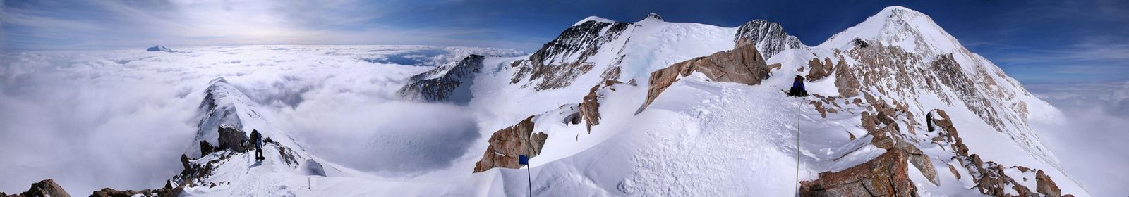Mountaineering team ascending the West Buttress ridge of Denali, Alaska. The team is just above Washburns Thumb, at 16,800 ft...