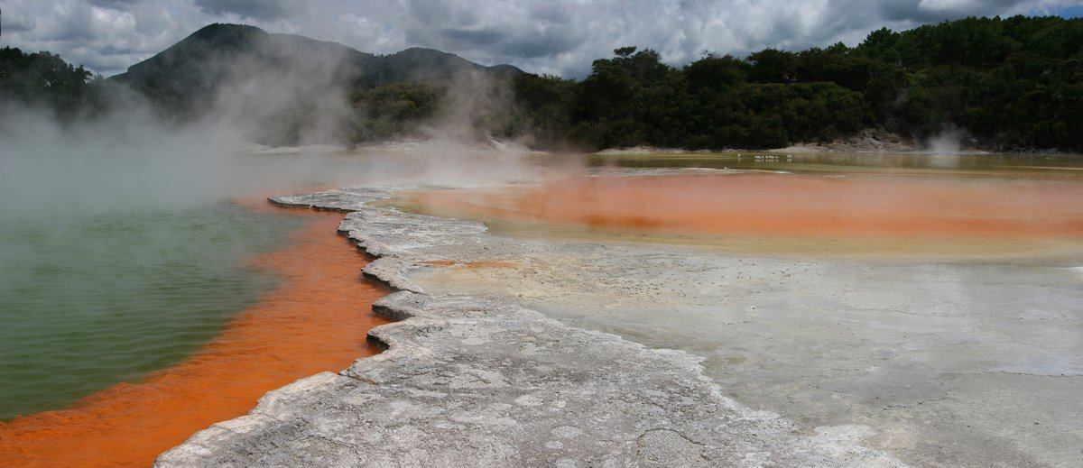 Champagne Pool, Wai-O-Tapu Thermal Area, photo