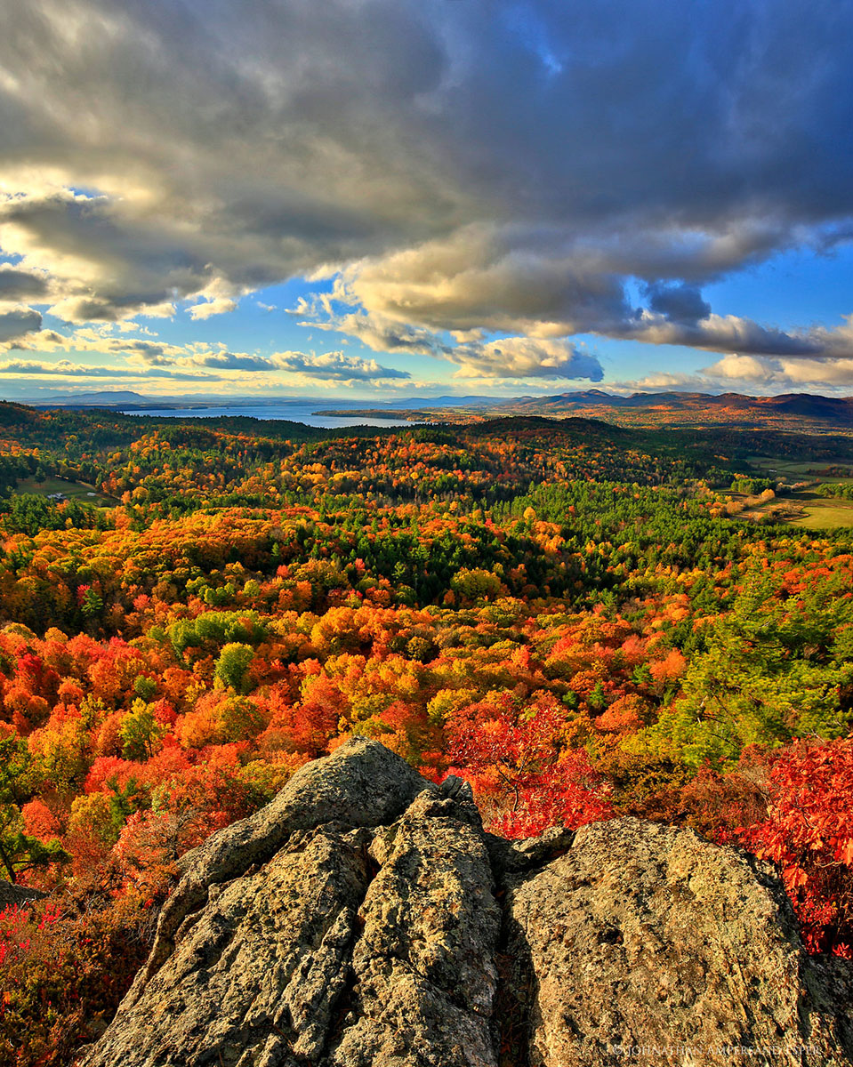Coon Mountain,Coon Mt,Coon Mountain Preserve,summit,Lake Champlain, Lake Champlain,valley,Lake Champlain Valley,Adirondack Mountains,Adirondacks,autumn,, photo