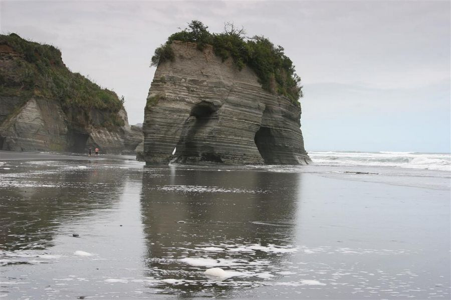 Elephant Rock, Taranaki, Coast, New Zealand, Three Sisters, beach, photo
