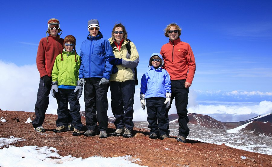 family, on, summit, posing, Mauna Kea, Hawaii, highpoint, photo