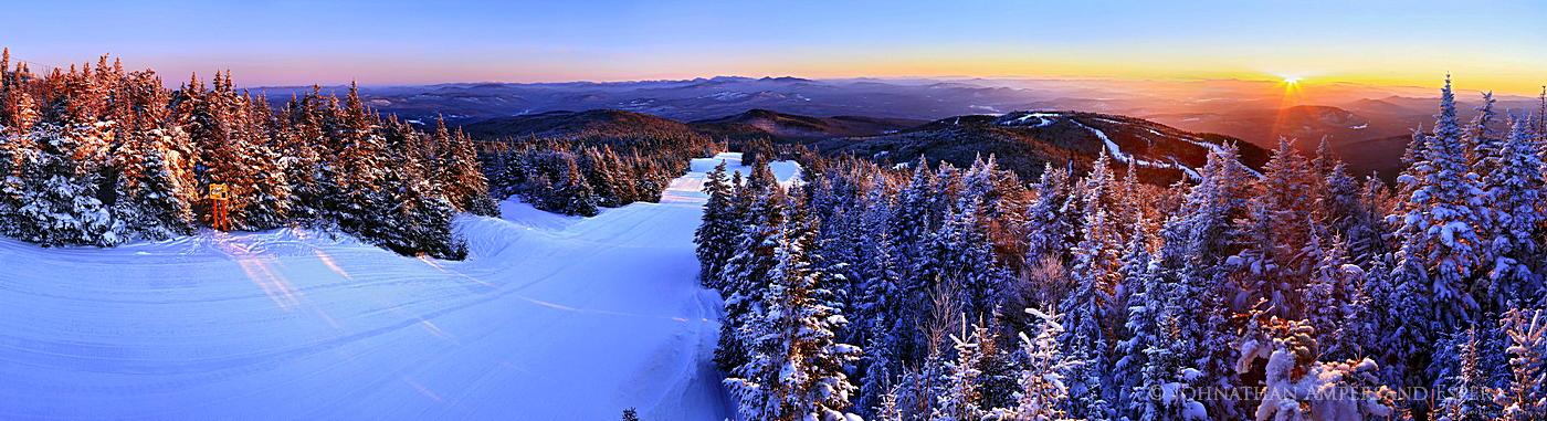 Gore Mountain,ski area,Gore Mt ski area,Gore Mt, treetop,North Creek,sunrise,winter,ski trail,Cloud Trail,, photo