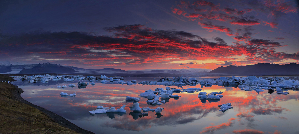 Jokulsarlon,Iceland,Jokulsarlon Iceland,lagoon,glacier,sunset,icebergs, photo