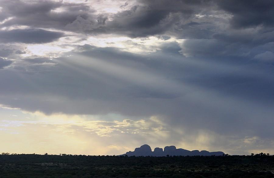 Uluru,Kata Tjuta,National Park,Ayers Rock,sandstone,monolith,Outback,Australia,Nothern Territories,blue,sun,rays,shining, photo