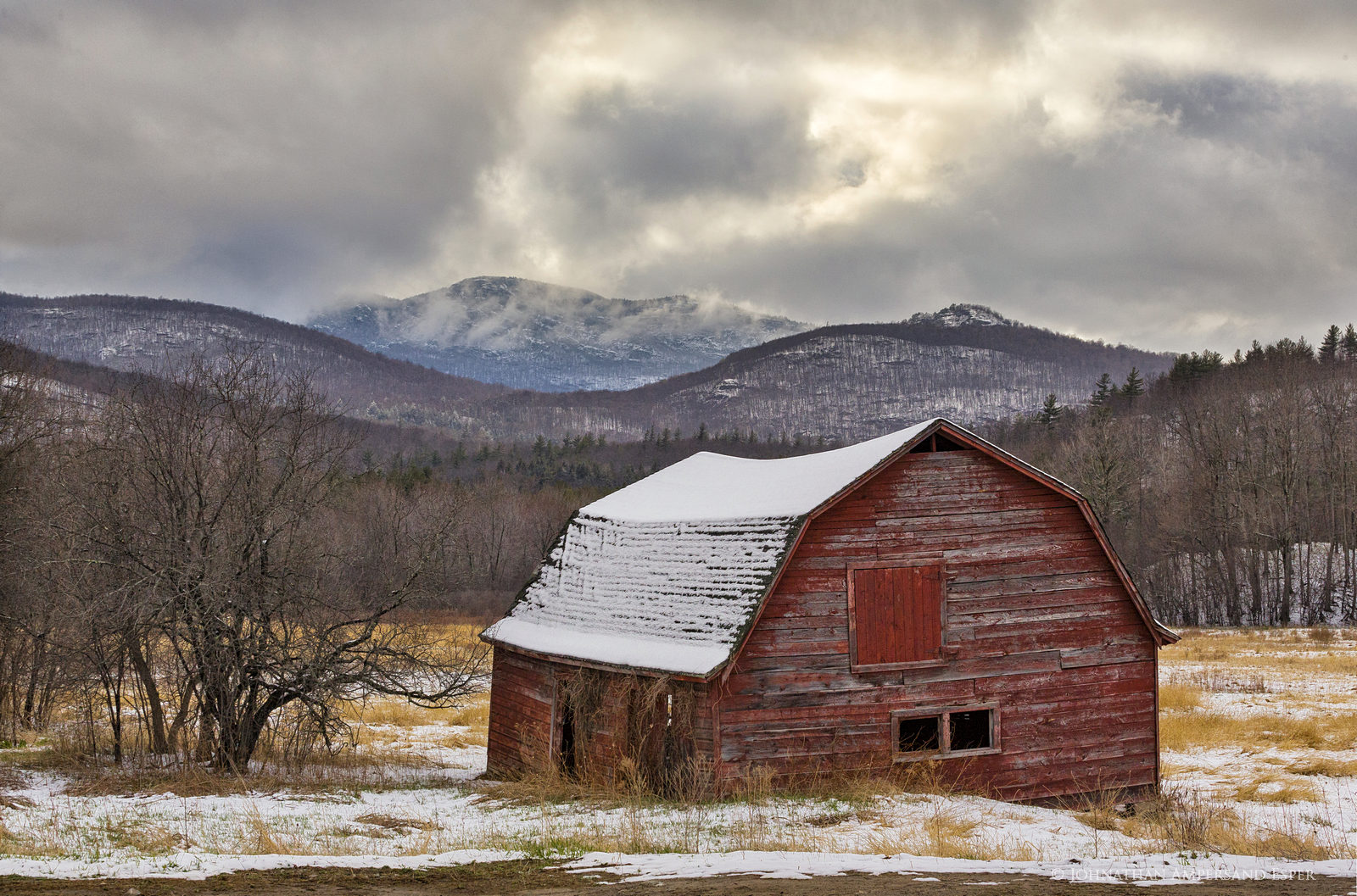 Keene Valley barn,barn,old barn,old,red,Keene Valley,April,snowfall,snow,dusting,Pitchoff Mt,Owls Head Mt,, photo
