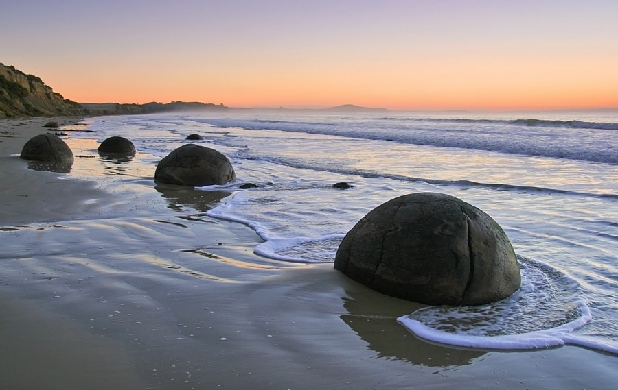 Moeraki Boulders, South Island, New Zeland,coast,, photo
