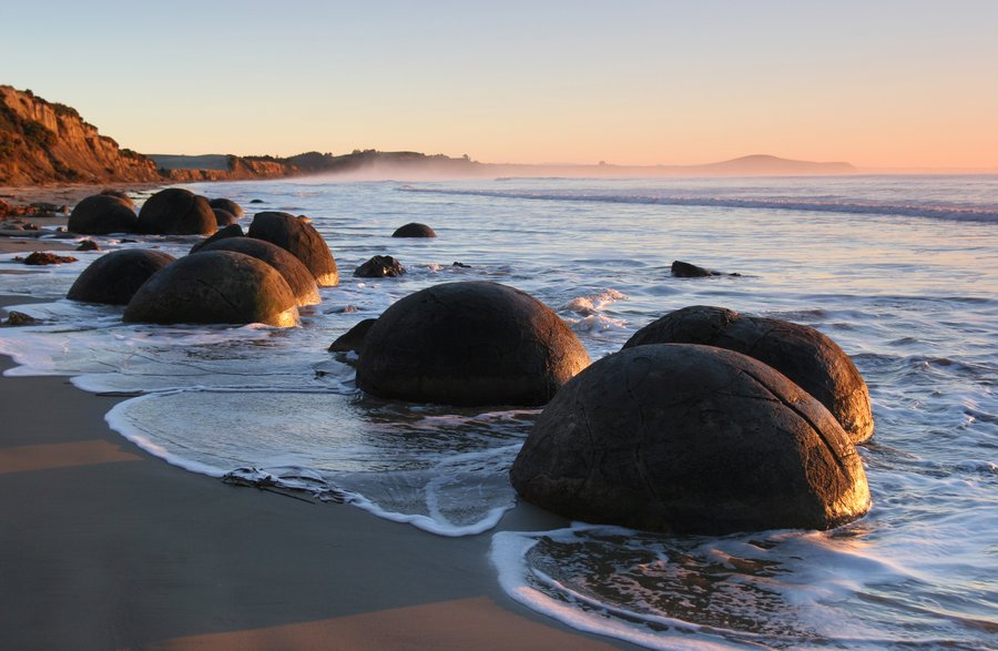 Moeraki Boulders, New Zealand, photo