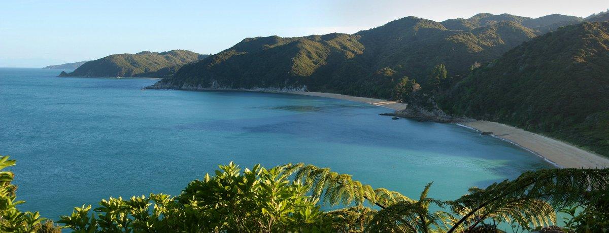 Mutton Cove, Abel Tasman Coastal Track, Abel Tasman coast, Abel Tasman National Park, New Zealand, beaches, photo