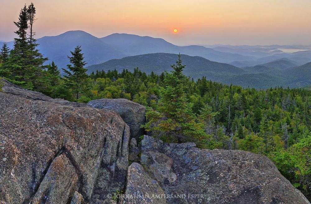 Noonmark Mt,Noonmark Mountain,sunrise,hazy,summer,hazy sunrise,disc,solar disc,Rocky Peak Ridge,Giant Mt,summit,Noonmark Mountain summit,rocks,Adirondack High Peaks, photo