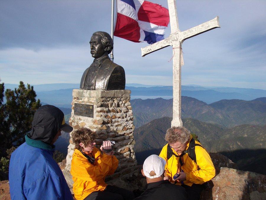 Dominican Republic, highpoint, highest, mountain, Pico Duarte, summit, cross,, photo