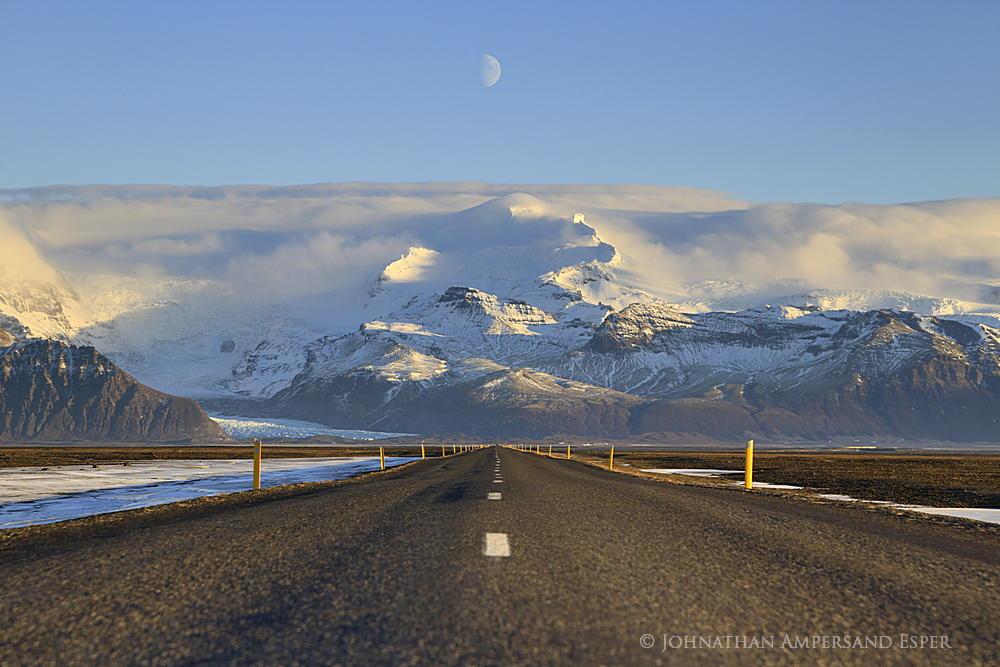 Skaftafell, highway, Hvannadalshnukur,moon,daytime moon,Skaftafell highway,Skaftafell road,Iceland, photo