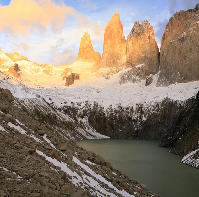 Torres lookout, Torres del Paine, National Park, sunrise, towers, spires, mountain, lake, photo