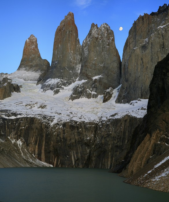 Torres lookout, Torres del Paine, National Park, sunrise, towers, spires, mountain, lake, full moon, moon, pre-dawn, photo