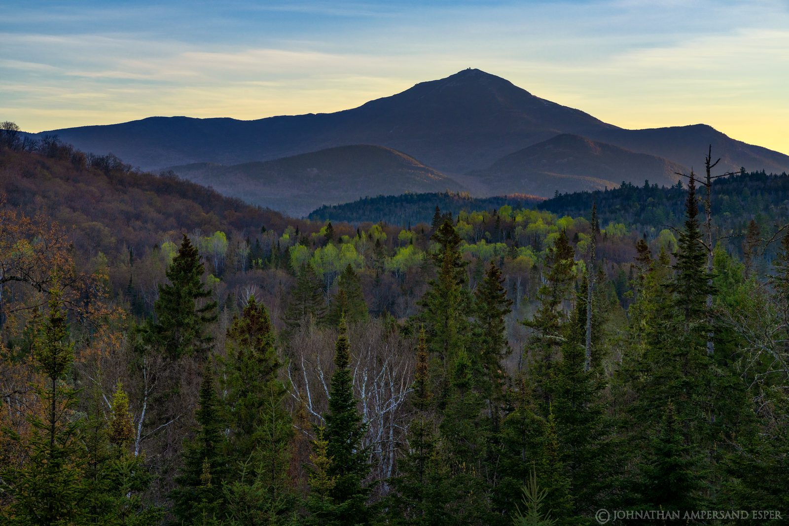 Whiteface Mt,River Rd,River Road,River Road Lodge,River Rd Lodge,balcony,spring,springtime,May,2020,Whiteface,Whiteface Mountain,sunrise,green,, photo